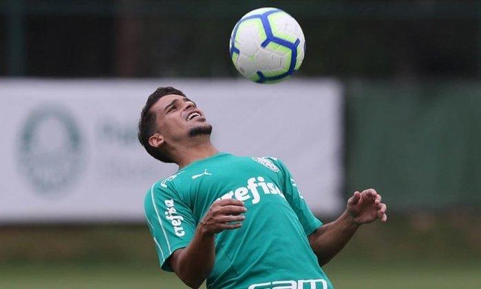 Jean (35 anos) - Lateral-direito/Volante - Sem time desde julho de 2021 - Último clube: Palmeiras - Valor de mercado: 800 mil euros (R$ 4,9 milhões)