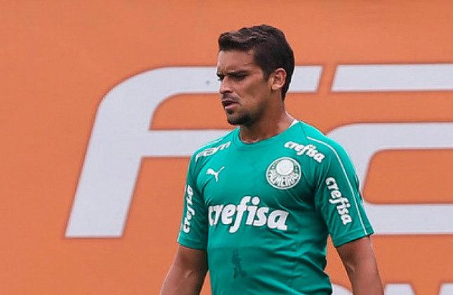 Jean (Brasil) - 35 anos - Lateral-direito/Volante - Valor de mercado: 800 mil euros - Sem time desde: 01/07/2021 - Último clube: Palmeiras