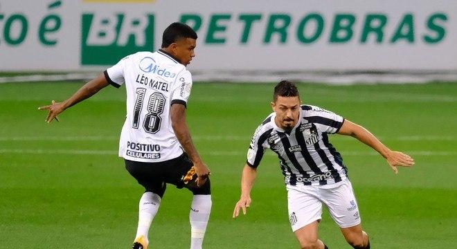 Jogo entre Corinthians e Santos foi mais truncado do que bem jogado