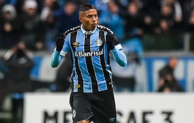 JEAN PYERRE - Grêmio (C$ 12,85) Vem de três pontuações acima dos quatro pontos sem gol e assistência nos quateo jogos que fez. Sempre presente nas jogadas ofensivas do Imortal, tem capacidade pra