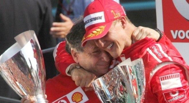 Jean Todt e Schumacher se tornaram grandes amigos após trabalho na Ferrari