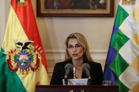 Rússia reconhece Añez como presidente interina