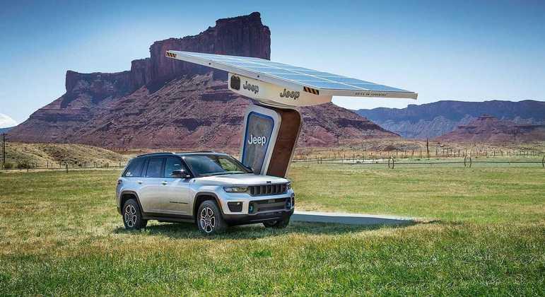 O Grand Cherokee passará a ser comercializado em oito versões