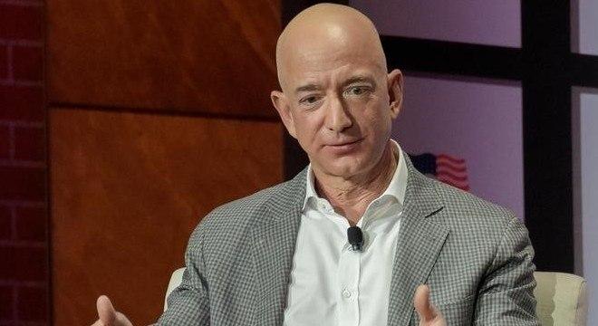 Jeff Bezos teve um relacionamento secreto enquanto estava casado