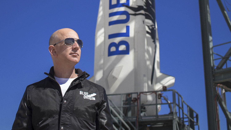 Bezos vai realizar 'sonho de infância' ao lado o irmão e 'melhor amigo' Mark