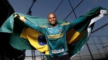 Obrigação de Jefferson. Dizer quem não queria negros no gol do Brasil (Instagram)