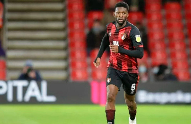 Jefferson Lerma - 26 anos - Volante - Clube: Bournemouth - País: Colômbia - Contrato até: 30/06/2023