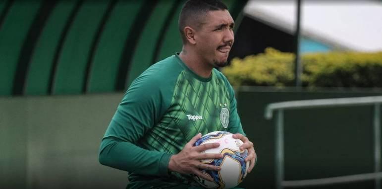 Jefferson Paulino: o goleiro foi contratado nesta temporada pelo Guarani e tem contrato até o dia 30 de abril. Ele é um dos responsáveis pela sexta defesa menos vazada do Paulistão, com apenas nove gols sofridos em dez jogos.