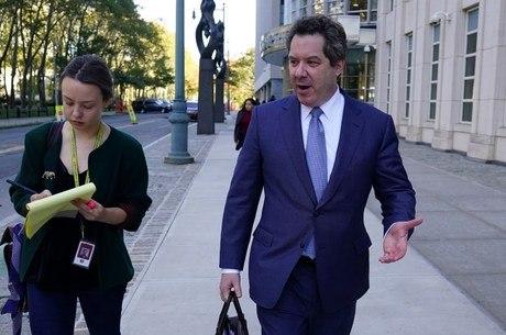 Lichtman, advogado de El Chapo, chega ao tribunal