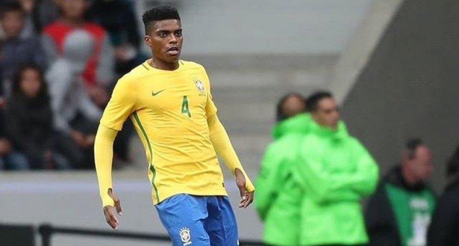 Jemerson tem apenas 28 anos. Quer usar o Corinthians para voltar à Seleção