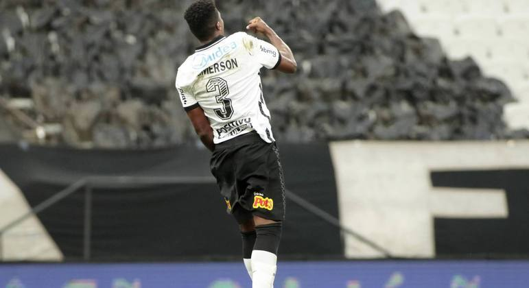 Jemerson. Jogador fundamental. Que o Atlético Mineiro tenta 'tomar' do Corinthians