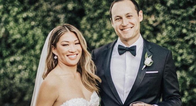 Com uma cerimônia ao ar livre, Jenna Ushkowitz se casou com David Stanley