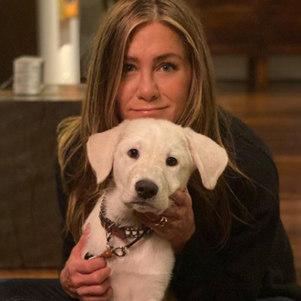 Para Aniston, as mulheres não devem ceder ao padrão de perfeição imposto pela sociedade