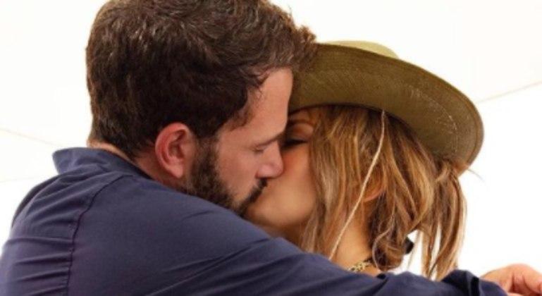 Jennifer Lopez e Ben Affleck reataram namoro após 17 anos