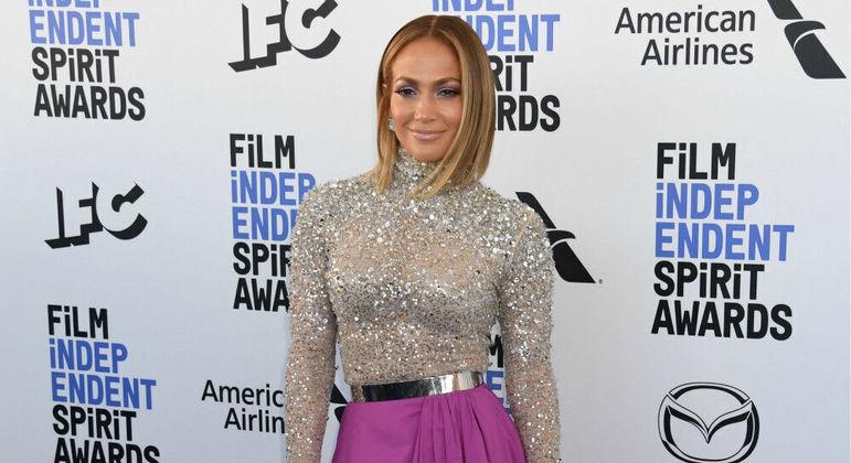 Para tentar vencer falta de autoestima, Jennifer Lopez buscou ajuda psicológica