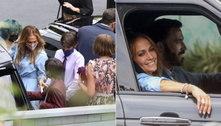 Ben Affleck e Jennifer Lopez reúnem todos os filhos em passeio