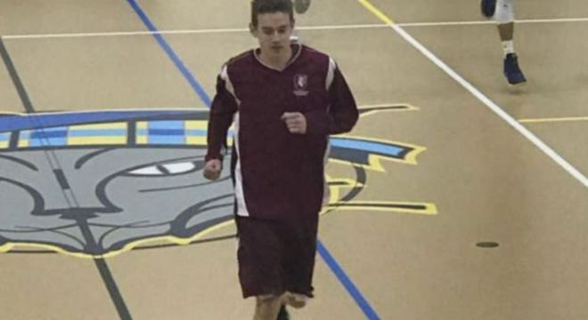 Kunkel foi proibido também de jogar basquete na escola