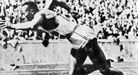 Jesse Owens ganhou 4 ouros em Berlim-1936
