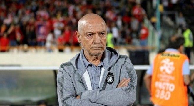 Jesualdo, português, 73 anos. Aposta do Santos para a temporada