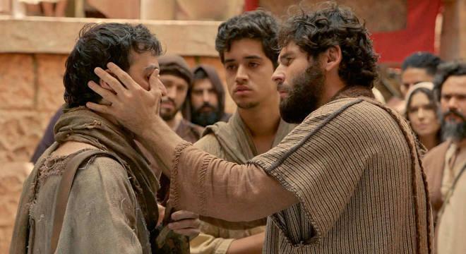 Novela 'Jesus' é protagonizada pelo ator Dudu Azevedo