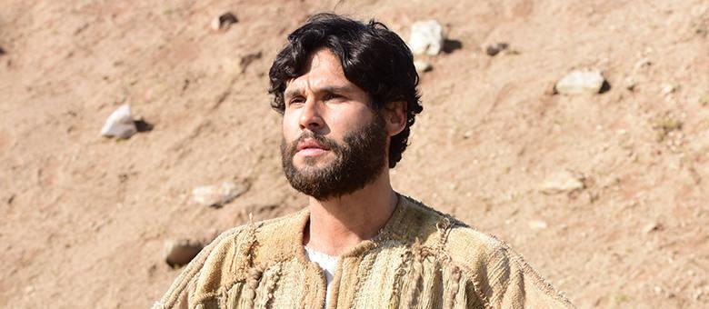 """Dudu Azevedo está nas reprises """"Jesus"""", da Record, e """"Fina Estampa"""", na Globo"""