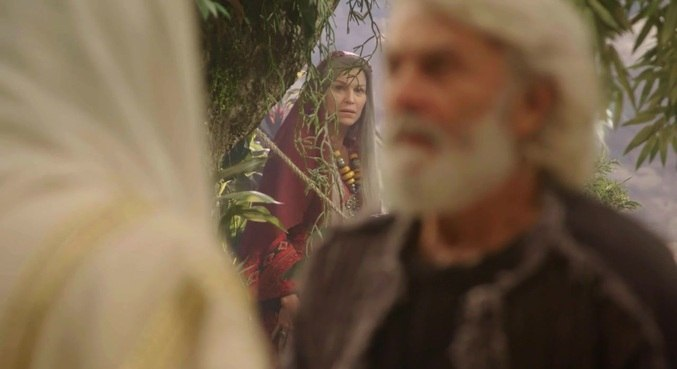 Sara fica impressionada ao encontrar Jesus com Abraão