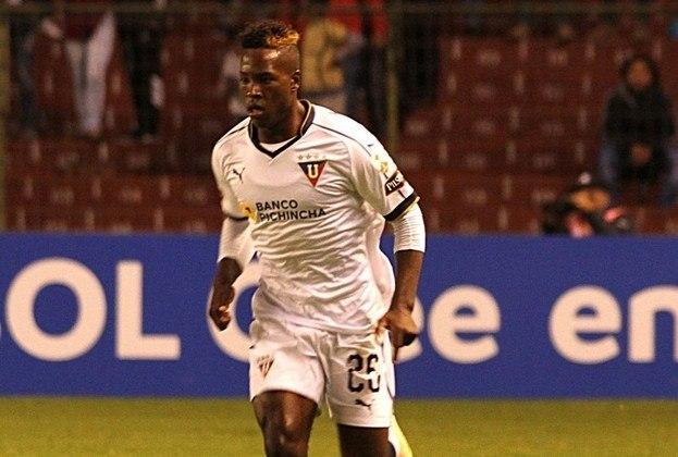 Jhojan Julio- O meia atacante já marcou contra brasileiros nessa edição do torneio continental. Julio deixou dois na vitória da LDU por 4 a 2 sobre o São Paulo.