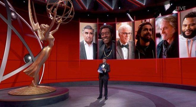 Kimmel apresentou diversas categorias enquanto que os indicados estavam em suas casas