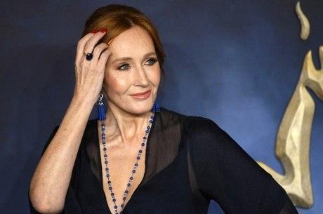 J.K. Rowling é criticada por comunidade LGBT+