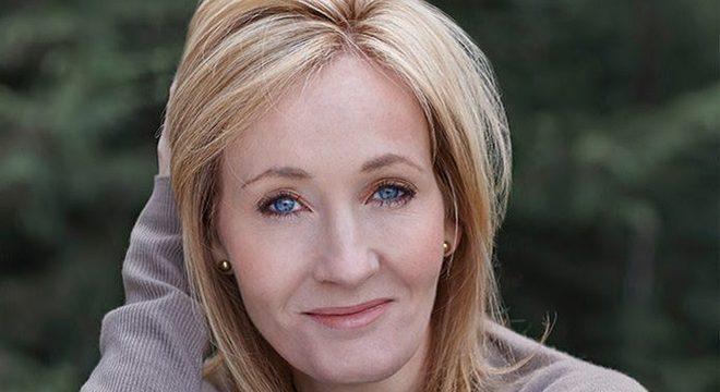 JK Rowling é chamada de transfóbica após polêmica no Twitter; entenda