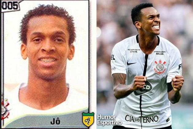 Jô defendia o Corinthians no Brasileirão 2005. Aos 34 anos, volta a defender o Timão no campeonato nacional.