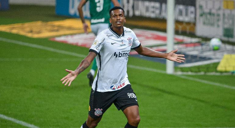 Jô, atacante do Corinthians, foi hostilizado por torcedores na noite da última quarta-feira (21)
