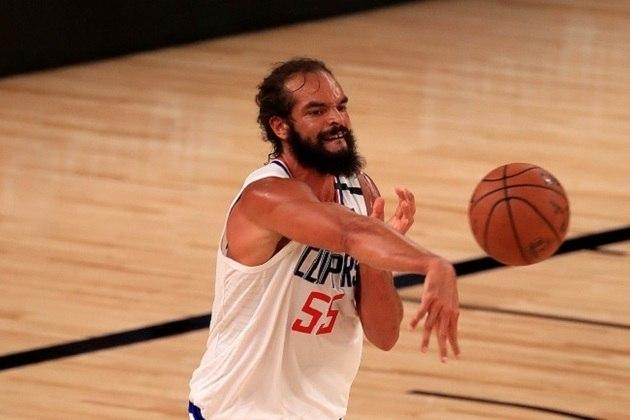 Joakim Noah (Los Angeles Clippers) estreou na noite de quinta-feira como reserva de Ivica Zubac, mas pouco contribuiu: um ponto, quatro rebotes e um toco em aproximadamente 11 minutos. Noah, eleito o melhor defensor de 2013-14, não havia participado de nenhuma partida na atual temporada e assinou com o time recentemente