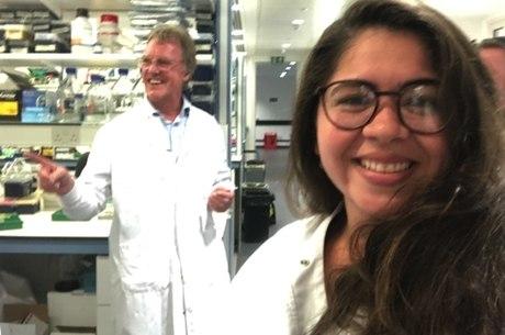 Joanna estuda com o vencedor do Nobel da Medicina