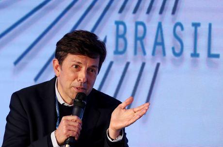 João Amoedo promete oferecer ensino de qualidade
