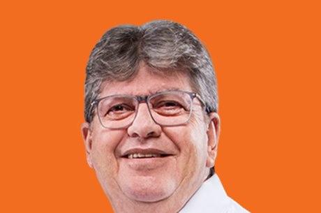 João Azevêdo foi eleito em primeiro turno