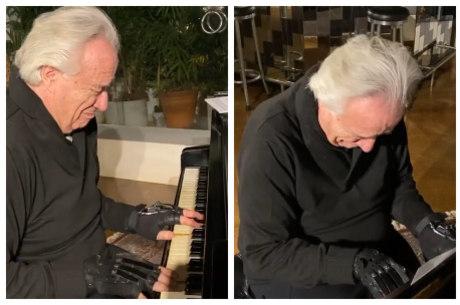 Maestro postou vídeo tocando piano com as luvas