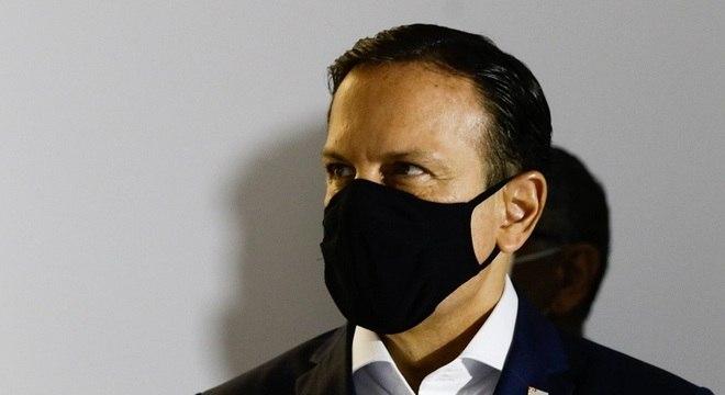 O governador João Doria defende que Brasil tenha mais de uma vacina