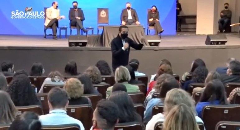 João Doria durante anuncio da ampliação do PEI (Programa de ensino integral)