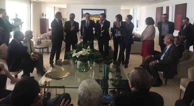 João Doria durante almoço com bancada do PSDB