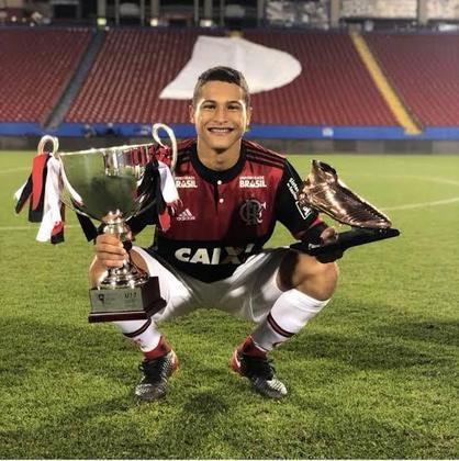 João Gomes – Meio-campo – Flamengo – 20 anos – Contrato até dezembro de 2025 – Valor de mercado: 500 mil euros