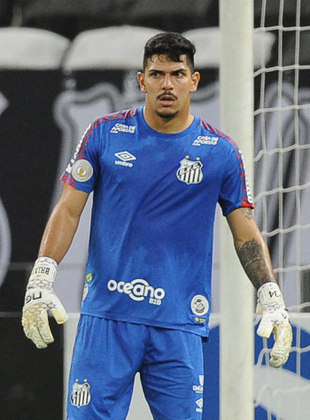 JOÃO PAULO- Santos (C$ 10,06) - Está sendo o goleiro mais confiável em defesas difíceis no momento e foi destaque na vitória sobre o Ceará. Contra um CAM superofensivo, deve novamente ser muito exigido.