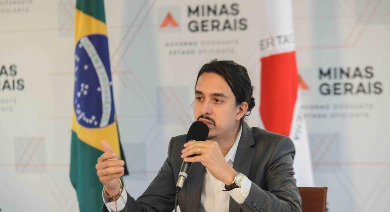 Ex-chefe de gabinete da Saúde, João de Pinho, teria tentado manipular situação de servidores