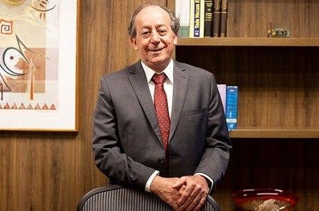 João Tancredo, advogado: operação indigna e genocida
