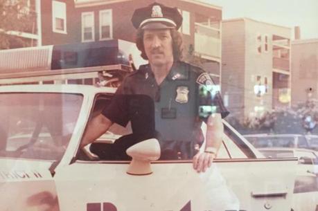 Ele trabalhou na polícia da cidade americana por 32 anos