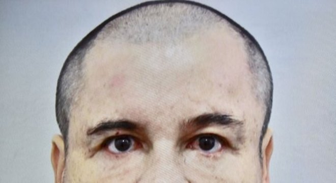 """Ex-líder do cartel de Sinaloa, Joaquín """"El Chapo"""" Guzmán foi condenado à prisão perpétua"""
