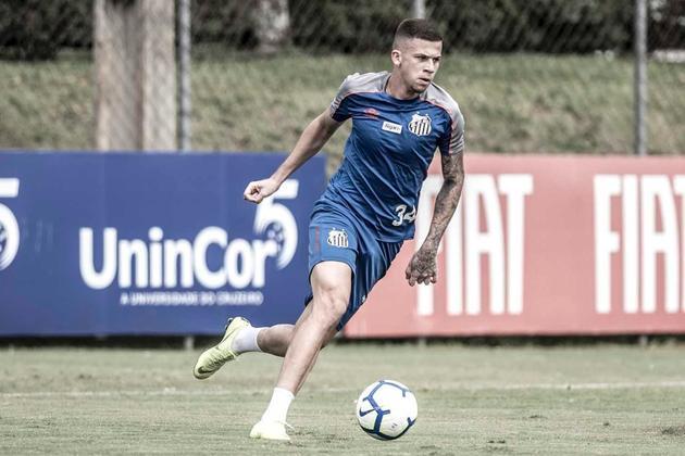 Jobson — Conseguindo espaço com Jesualdo, o volante tem acordo com o Santos até 15/4/2024. Segundo o Transfermarkt, ele vale 400 mil euros (cerca de 2,2 milhões de reais)