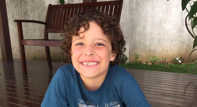 Joca, de 11 anos, a mente por trás da Jocafilm