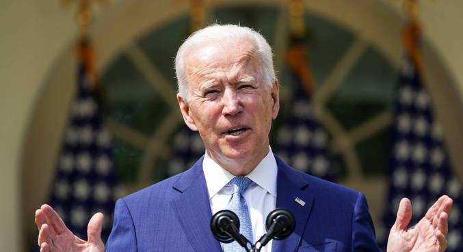 Biden anuncia medidas para controlar armas nos EUA
