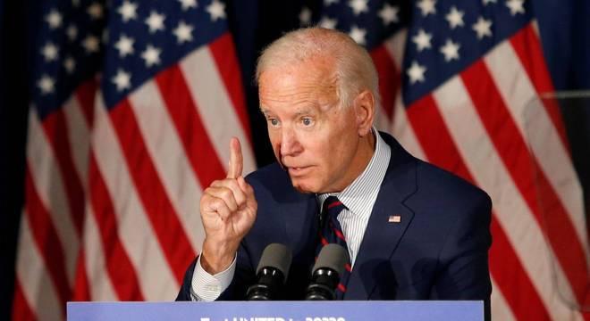 A expectativa é que Klobuchar acompanhe Biden em ato de campanha
